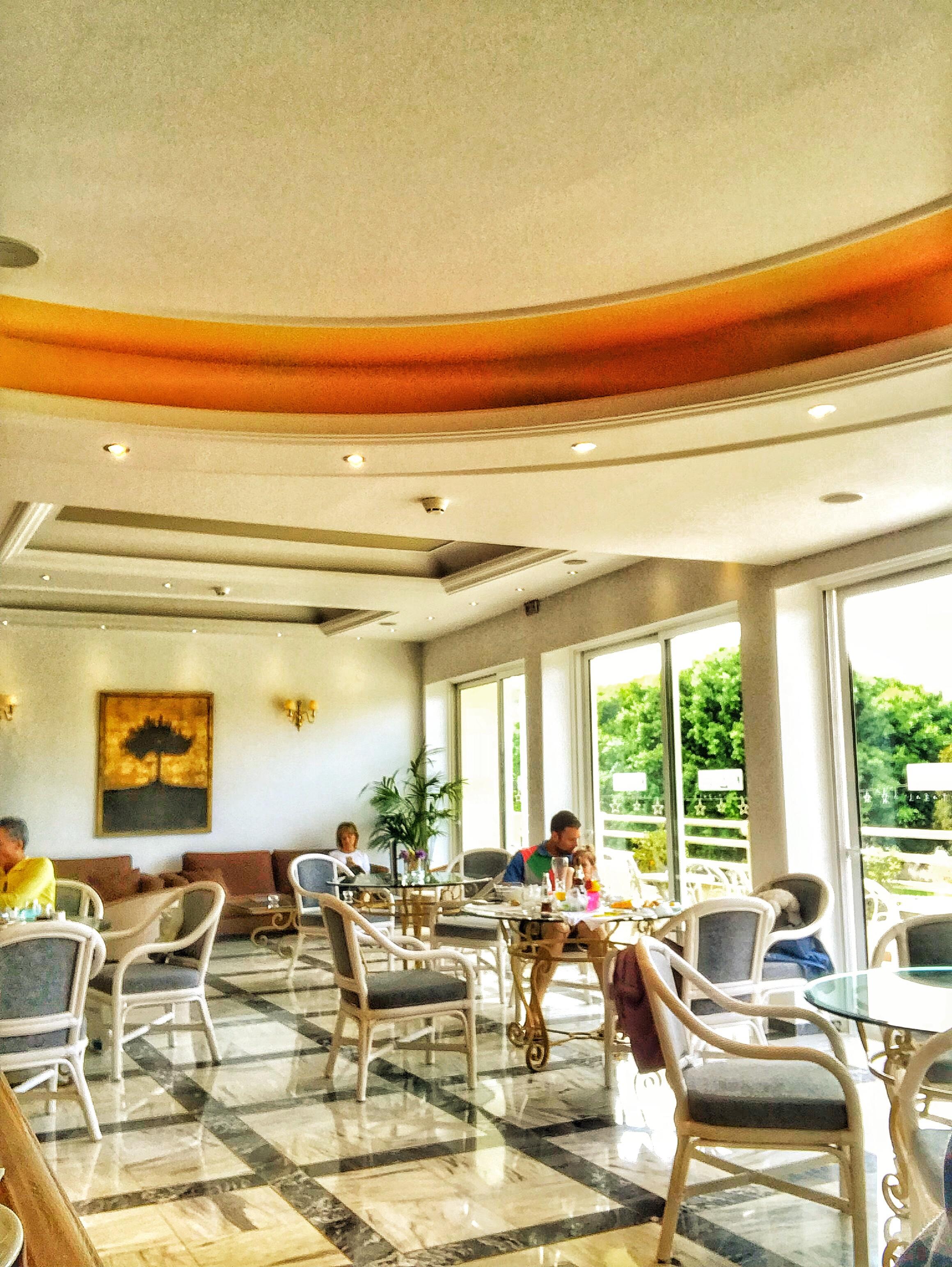 Καφετέρια στο ξενοδοχείο Κύδων 4* στα Χανιά Κρήτης.