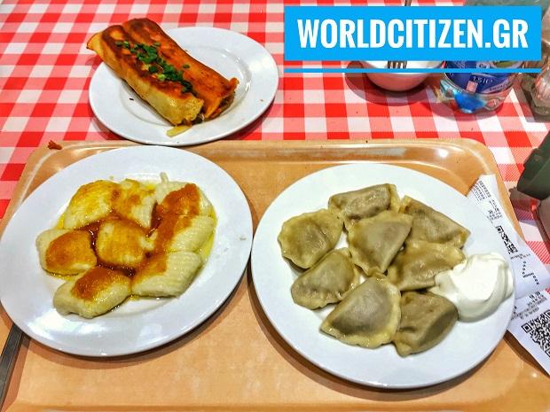 παραδοσιακό πολωνικό φαγητό στη Βαρσοβία.