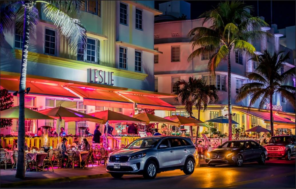 South Beach - Miami, Ocean Drive / Flickr, KenardP.
