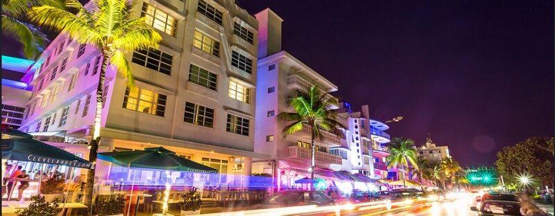 South Beach, Miami, nightlife entertainment.